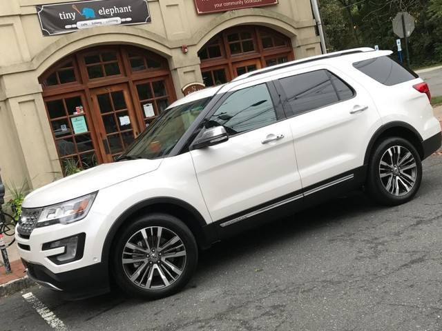 The Ford Explorer has been around for more than 25 years — but it's still a brilliant SUV (F)