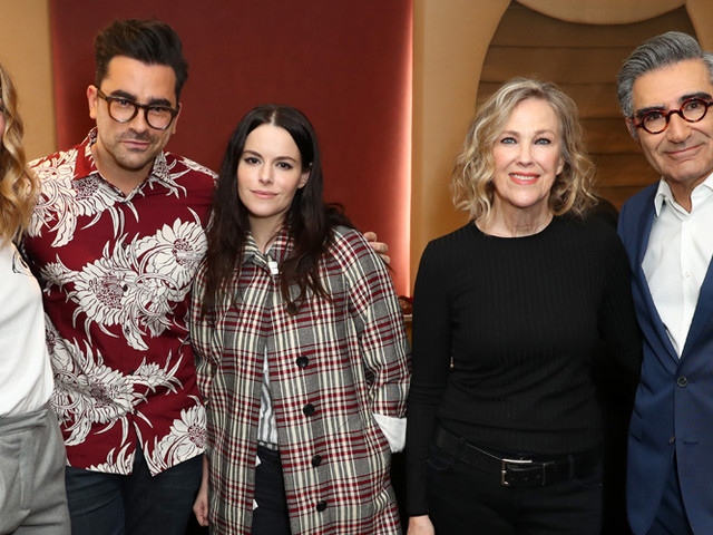 Dan Levy & 'Schitt's Creek' Cast Raise Tons of Money For Food Banks Ahead of Series Finale