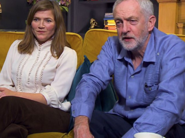 Jeremy Corbyn Amazes Gogglebox Viewers With Bizarre Passion For Coddled Eggs