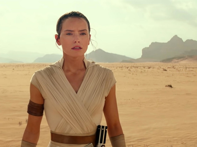 New Star Wars: The Rise of Skywalker Footage Appears to Confirm That Rey Is Going to the Dark Side