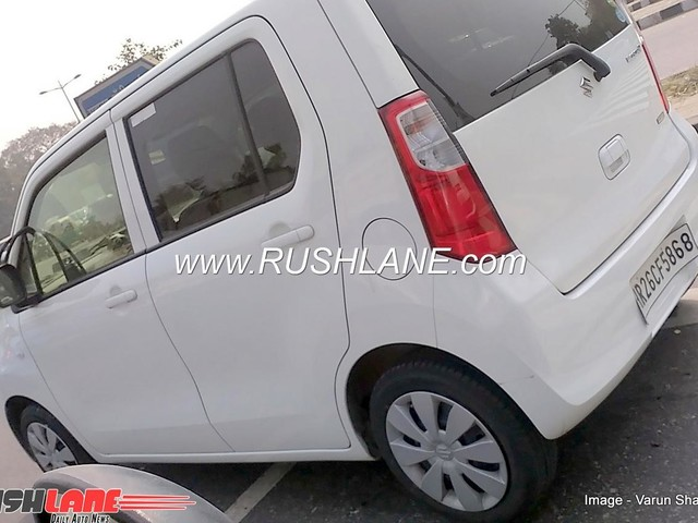 New Maruti WagonR spied undisguised ahead of launch