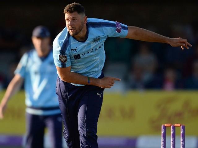 Senior pros Tim Bresnan and Steven Patterson deliver victory over in-form Worcestershire