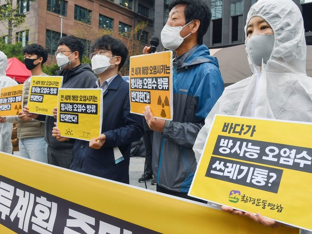 Fukushima 'failings' add fuel to fire of world's anti-nuclear movement