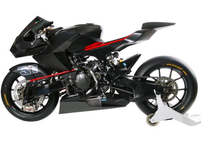 Vyrus 986 M2 with Bimota Like Hub-center Steering is Almost Picture Perfect