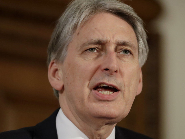 Philip Hammond Tells Andrew Marr 'There Are No Unemployed People'