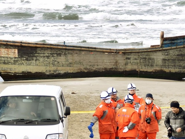 North Korean 'ghost ships' full of dead people are still washing ashore in Japan — and it's a sign of Kim Jong Un losing his grip
