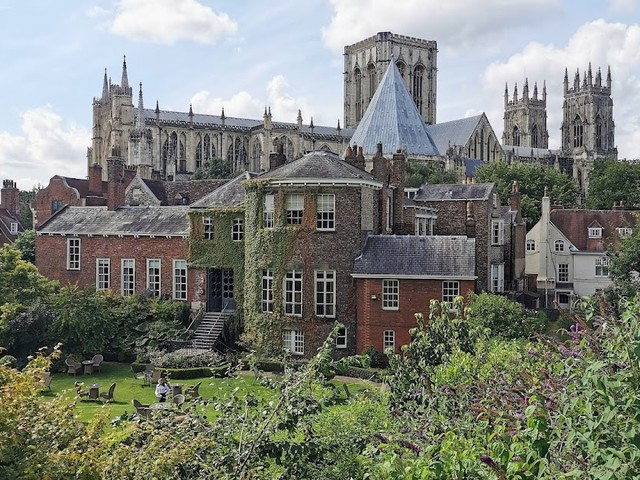 10 Reasons to Fall in Love with York