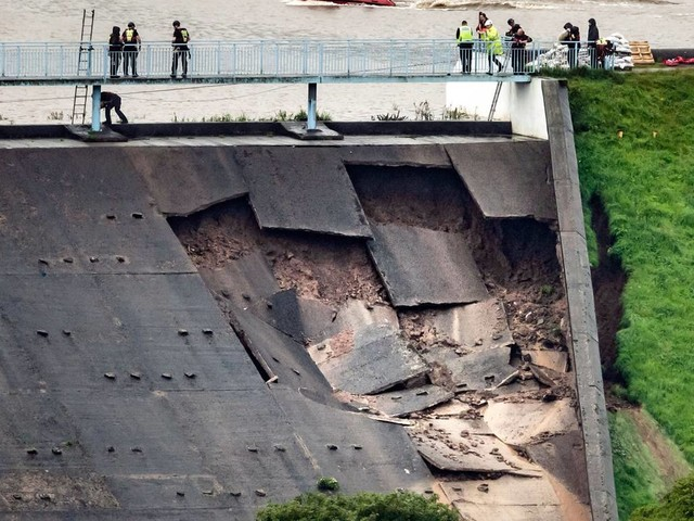 The tricky physics behind saving the Whaley Bridge dam, explained