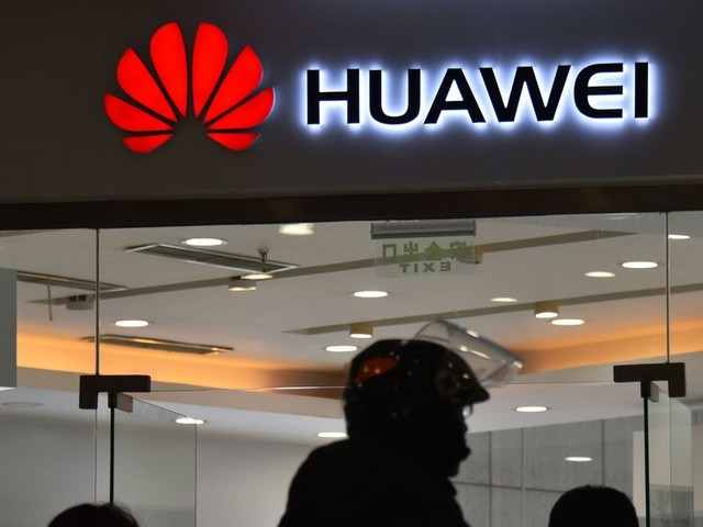 Huawei Said to Be Preparing to Sue the U.S. Government