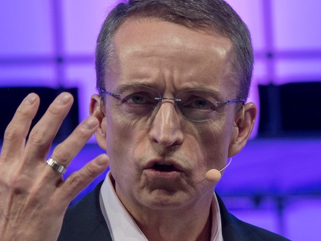 VMware CEO Pat Gelsinger explains how the 'traumatic' decision to work with Amazon Web Services led to it becoming a secret superpower in the cloud wars (VMW, AMZN, DELL)