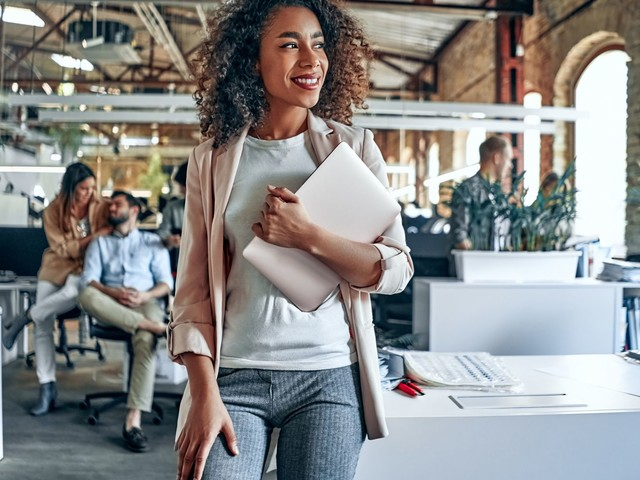 Comfort Or Confidence? How To Nail Your Back-To-Office Style