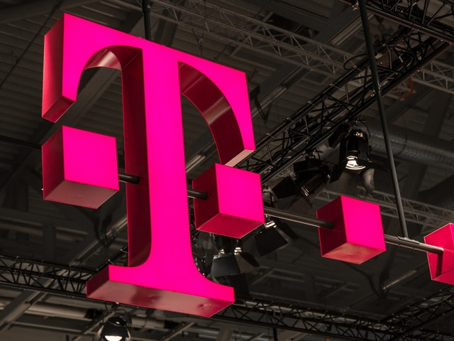 T-Mobile will carry Viacom content on a new mobile TV service (TMUS, NFLX, VZ, T)