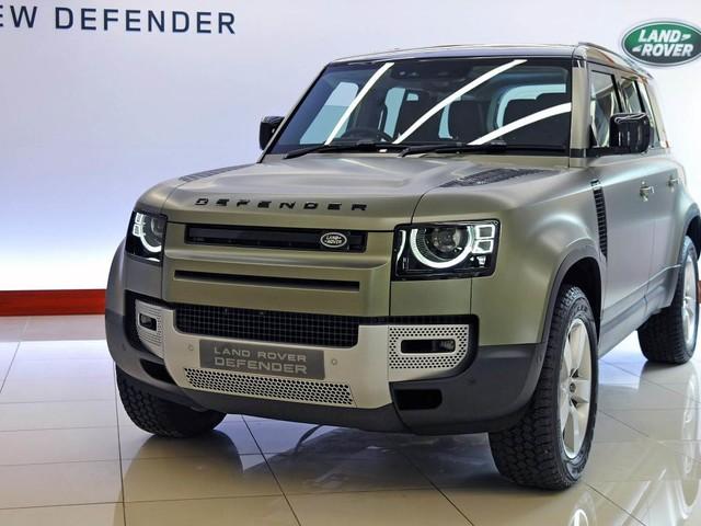 Land Rover Defender to get Range Rover-based flagship