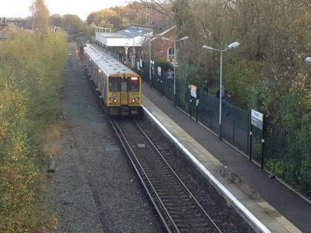 Merseyrail's three car train misery to run into next week as power shortages set to continue