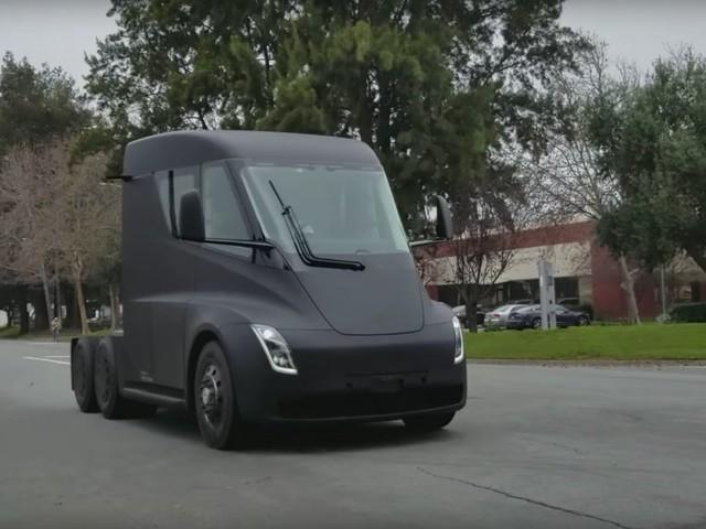A video appears to show Tesla's new Semi already cruising on public roads (TSLA)