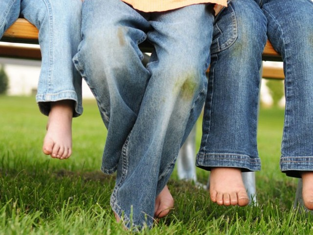 How to remove grass stains and what you need to do it — a step-by-step guide to saving everything from your favorite jeans to carpet