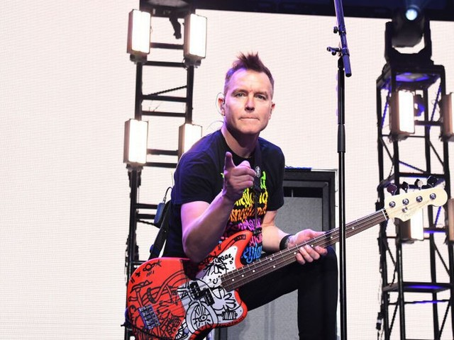 "Blink-182's Mark Hoppus updates fans on lymphoma diagnosis: ""I'm stage 4"""