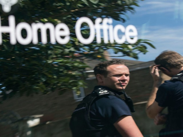 """Home Office has """"utterly failed"""" on immigration detention, report says"""