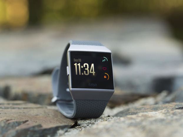 Fitbit Ionic review: A great fitness tracker, a mediocre smartwatch