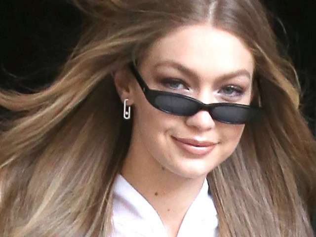 Gigi Hadid wore a crop top and leggings in New York City when it was 22 degrees out