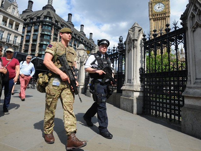 Government Considers Plans To Declare Martial Law In A No-Deal Brexit Scenario