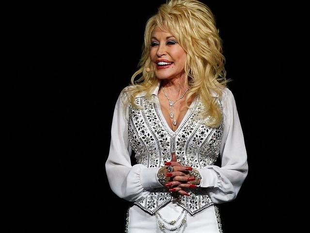 Dolly Parton Partly Funded Moderna's Coronavirus Vaccine