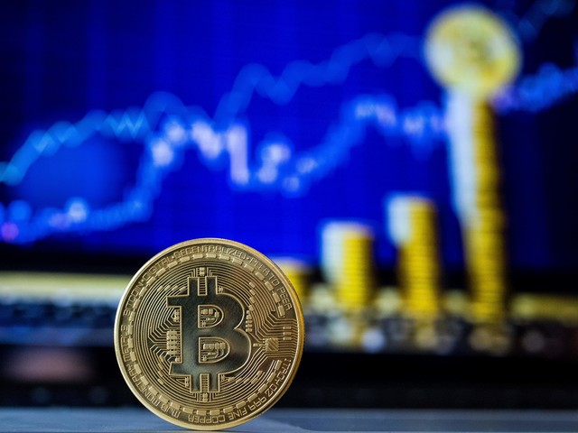 Bitcoin price: why the sudden surge in value?