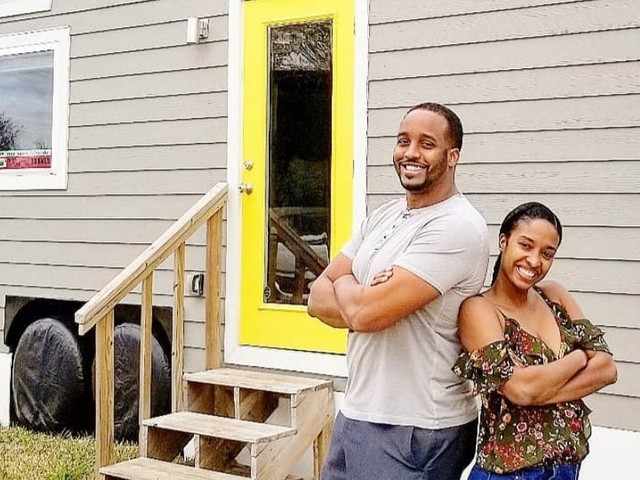 A couple paid off $125,000 of debt in 2 years after moving into a 200-square-foot tiny house — here's how they did it