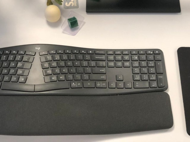The Logitech Ergo K860 is an ergonomic keyboard that is comfortable to use with a standing desk or when you're seated