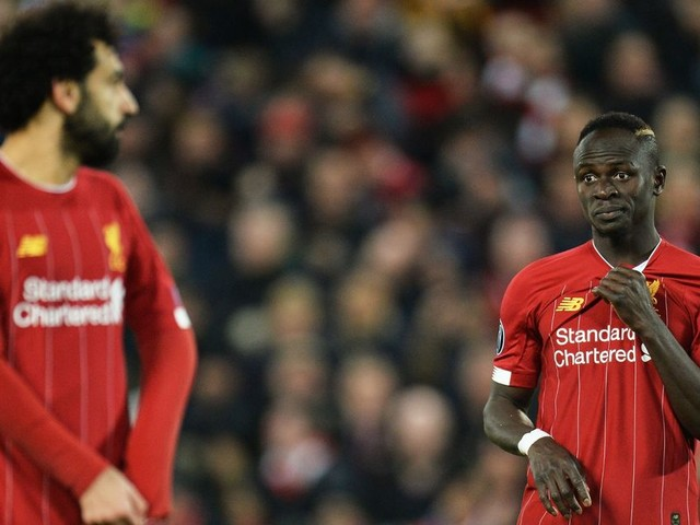 Alex Oxlade-Chamberlain lifts lid on playing with 'greedy' Mohamed Salah and Sadio Mane
