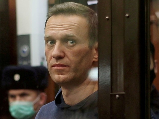 Navalny's doctors denied access to him in jail amid fears he 'could die at any moment'