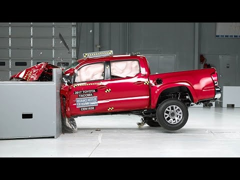 2020 Toyota Tacoma One of Only Three Trucks to Get IIHS Safety Award