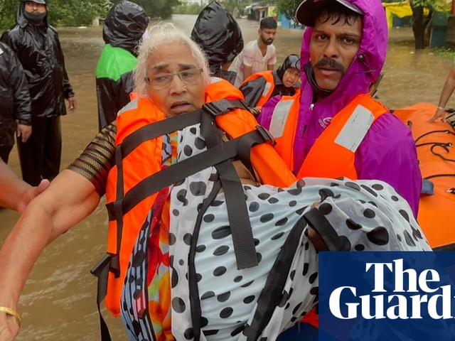 India monsoons: at least 112 dead in Maharashtra state