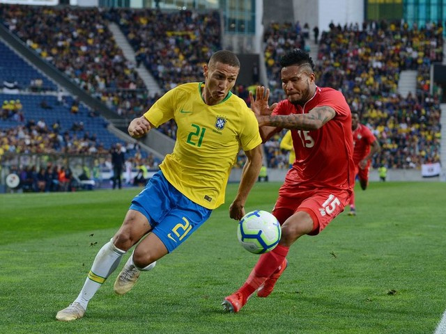 How Richarlison ended up playing with Everton while turning out for Brazil