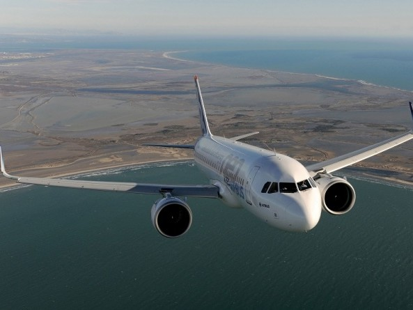 Airbus hits new commercial aircraft delivery record