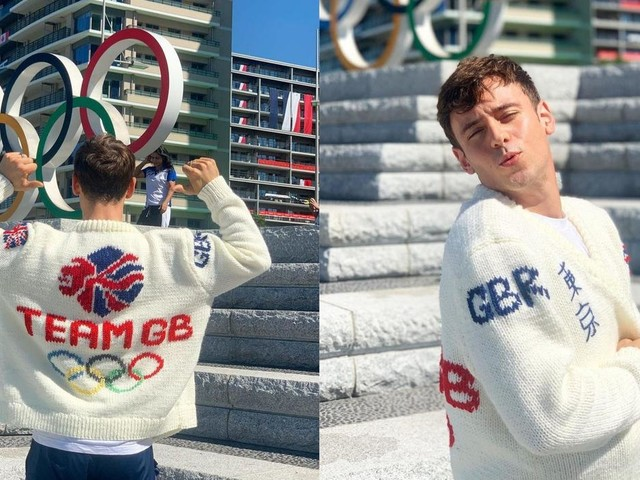 Tom Daley reveals Team GB cardigan after week knitting in the stands in Tokyo