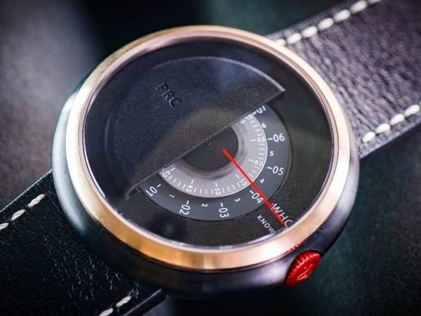 Resilience-Themed Timepieces - The Claro PRC Watch Pays Homage to the Fight Against COVID-19 (TrendHunter.com)