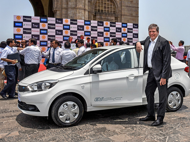 disadvantages of tata motor Introduction: tata group is an indian multinational conglomerate holding company but tata motors (nyse:ttm) primarily operates in the automotive segment the automotive segment comprises two.