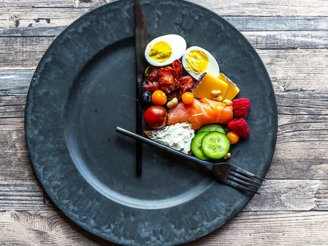 Intermittent fasting was the hottest diet trend of 2019, according to Google. Here's what else topped the list.