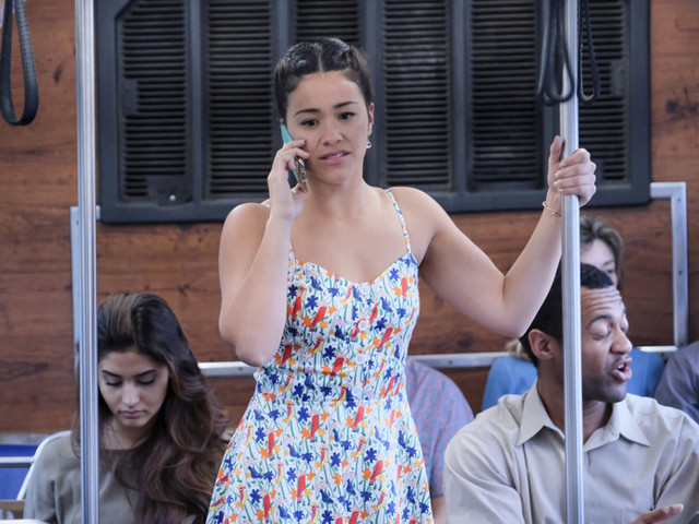 The Twist in Jane the Virgin's Season Finale Makes Us Rethink Everything That's Come Before It