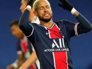 PSG's defense shaken again as leader draws with Bordeaux 2-2