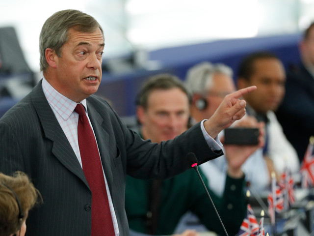 Nigel Farage urges Boris Johnson to do a deal to let Brexit party win Labour seats after 'Leave vote is split'