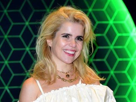 Paloma Faith: Theresa May should be courageous and step down as PM