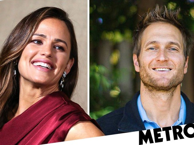 Jennifer Garner 'splits from boyfriend John Miller' as she reunites with Alias co-star Bradley Cooper for beach day