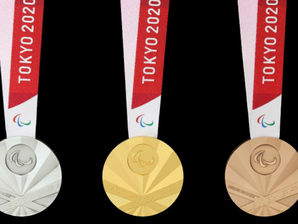 Tokyo 2020 reveal Paralympic medals to mark one-year-to-go celebrations