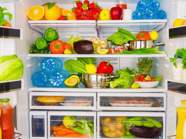 Can Community Fridges Cut Food Waste?