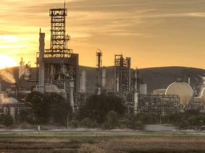 Shell Sells California Refinery for $1 Billion