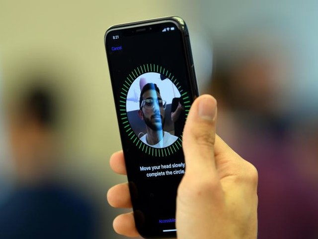 Apple Plans to Share Some Data That the iPhone X Collects About Your Face. That's a Huge Worry.