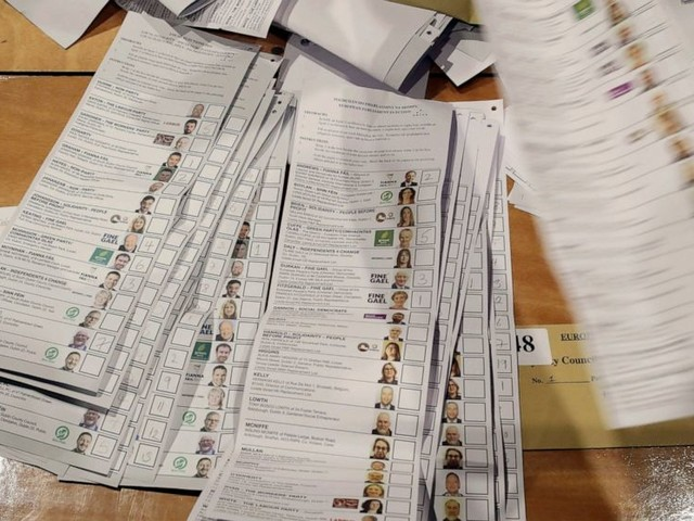 Ireland votes by large margin to liberalize divorce laws