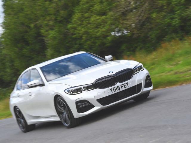 BMW 3 Series 330d M Sport 2019 UK review